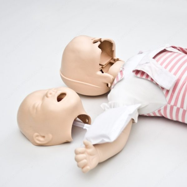 Обличчя до Laerdal Baby Anne